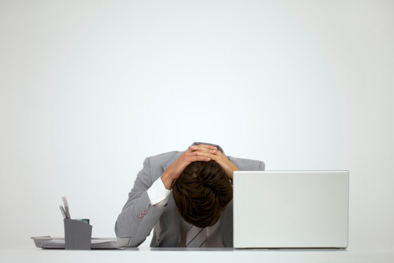 ภาษาอังกฤษ..สร้างความเจ็บปวดแบบไหน..ให้คนทำงาน?