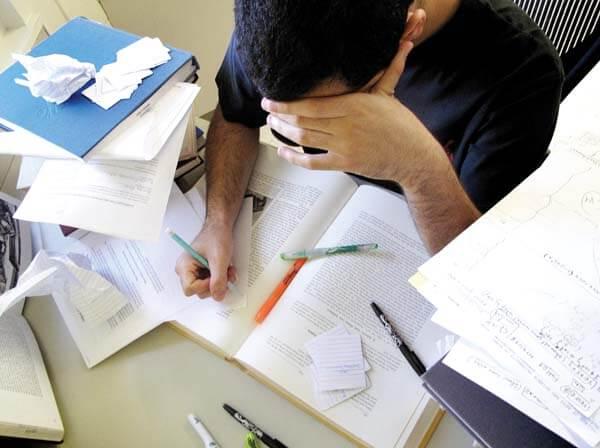 ข้อที่นักเรียนติวโทอิคมักเข้าใจผิด #2 : อยากได้โทอิคคะแนนสูงๆ ซื้อหนังสือมานั่งอ่าน ติวเองก็ได้